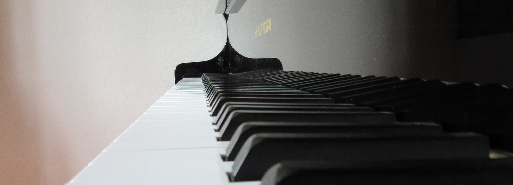 piano-724741_1920-cropped